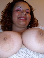 Big chubby girlfriend shows off her huge tits while taking selfies for her boyfriend