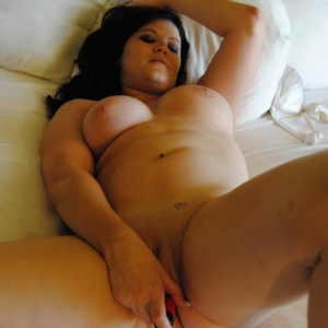 Share my gf: chubby girlfriend gets naked and plays with her wet kitty as her boyfriend takes pictures for us.