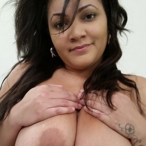 Share my gf: curvy chubby girlfriend shows off her great natural tits as she gets naked and plays with her wet pussy.