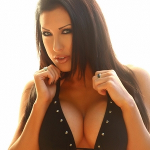 Alluring vixens: teasing alluring vixen babe summer shows off her large natural tits in her excited black bikini.