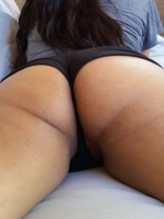 Chubby girlfriend shows off her huge tits and big round ass as her boyfriend takes pictures for us