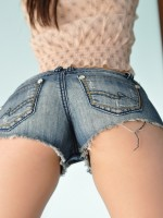 Hailey shows off her ass in super tight and short jean shorts