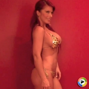 Alluring Vixens: Watch as the very busty Alluring Vixen Shanna shows off in skimpy bikinis