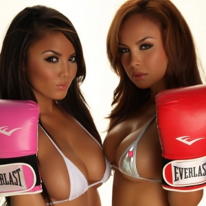 Stunning Justene Jaro and her sister Dawn show off their knockout curves in skimpy string bikinis