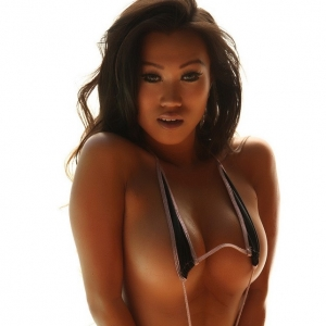Alluring Vixens: Perfect Alluring Vixen Jada Cheng shows off her tight body in a skimpy string bikini
